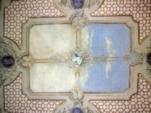 Painting Restoration ceiling and cornices.